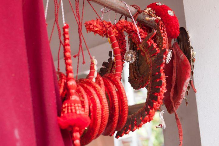 テイヤム、始まりの扉。南インド・ケララ州北部の土地にいきる神話